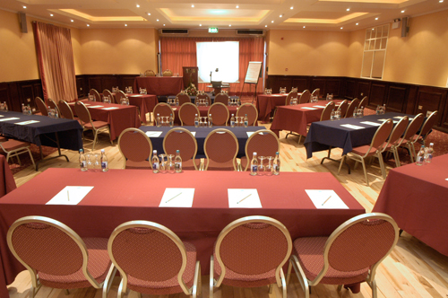 Leitrim Conference Venueue Conference Hotel Carraick On Shannon - Conference room table set up