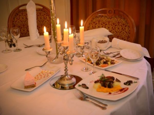 Dining at the Bush Hotel, Carrick-on-Shannon